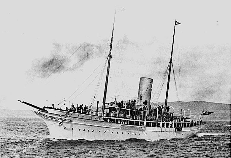 Doris yacht cruising