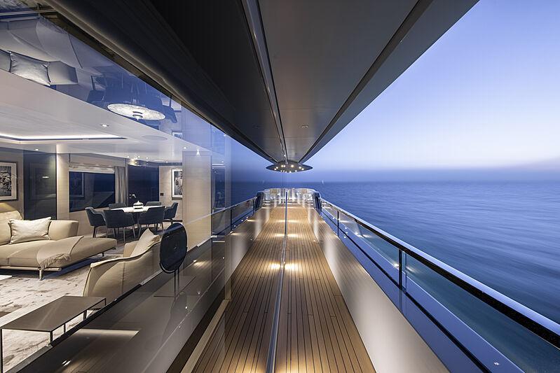 RJ yacht deck