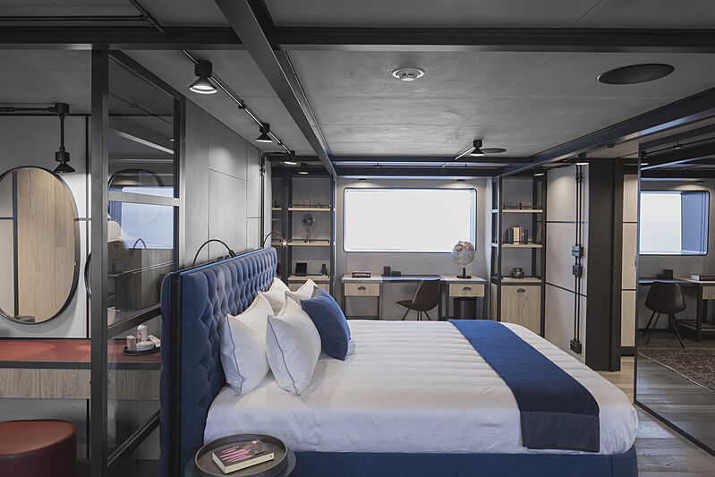 Aurelia yacht stateroom