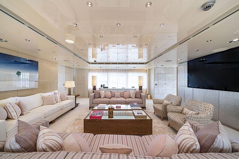 Icon yacht saloon