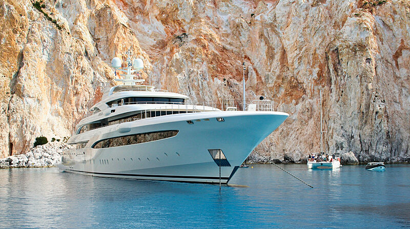 O'Ptasia yacht by Golden Yachts in the Cyclades, Greece