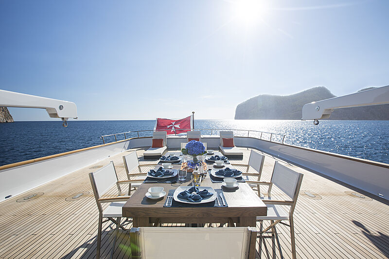 MQ2 yacht aft deck