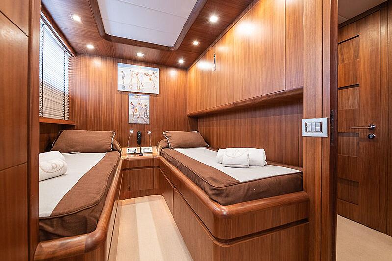 Stravaganza yacht stateroom