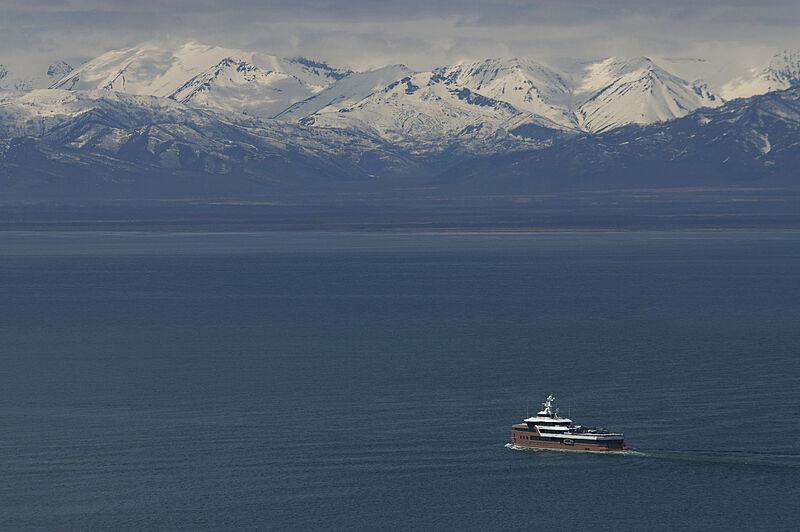 La Datcha yacht in Kamchatka