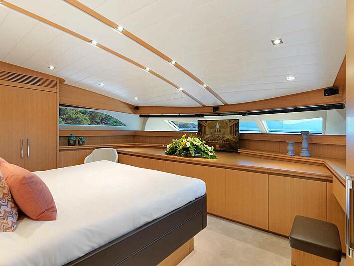 Mamma Mia yacht master stateroom