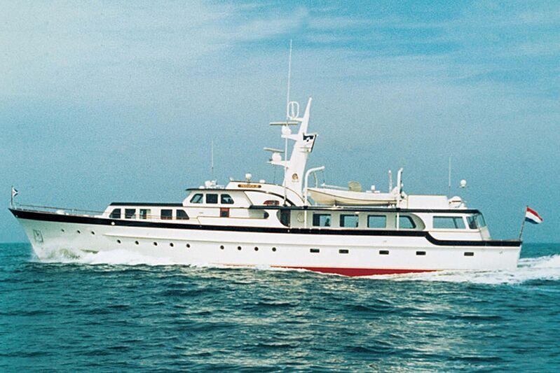 Blackhawk yacht cruising