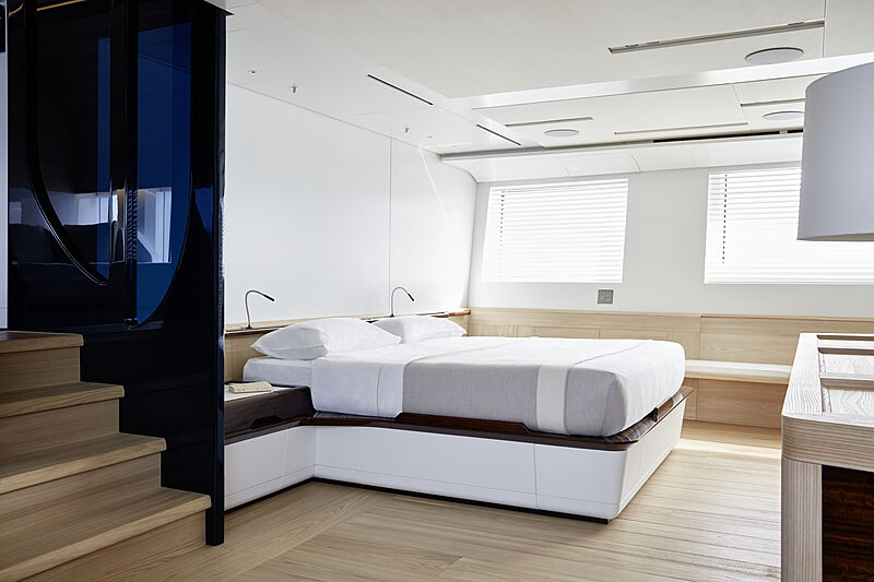Annabella yacht owner stateroom