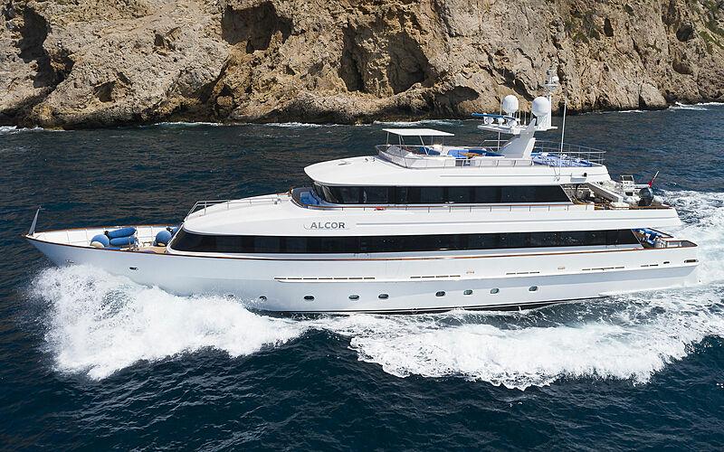 Alcor yacht cruising