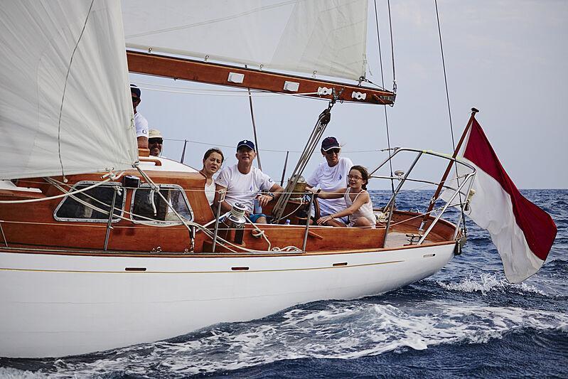 Niall Robinson sailing