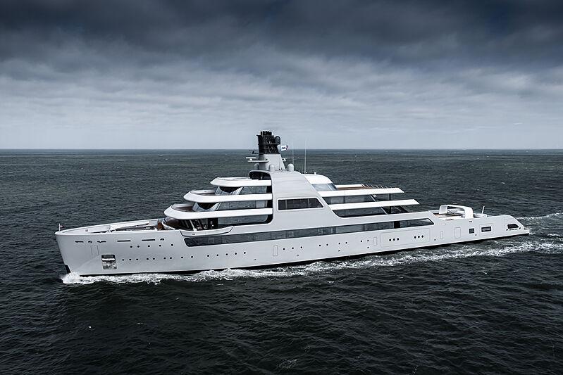 Solaris yacht cruising