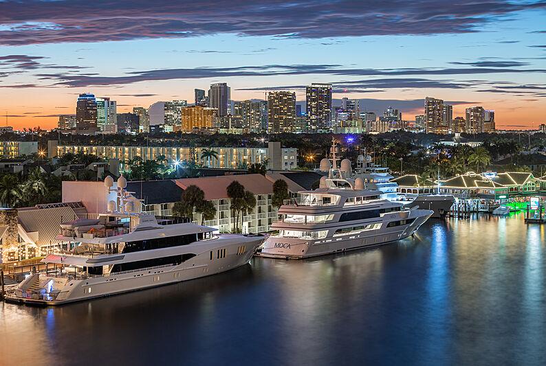 Carpe Diem and Moca yachts anchored in Florida