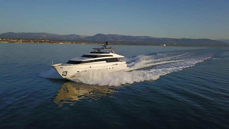 Rebessa yacht cruising