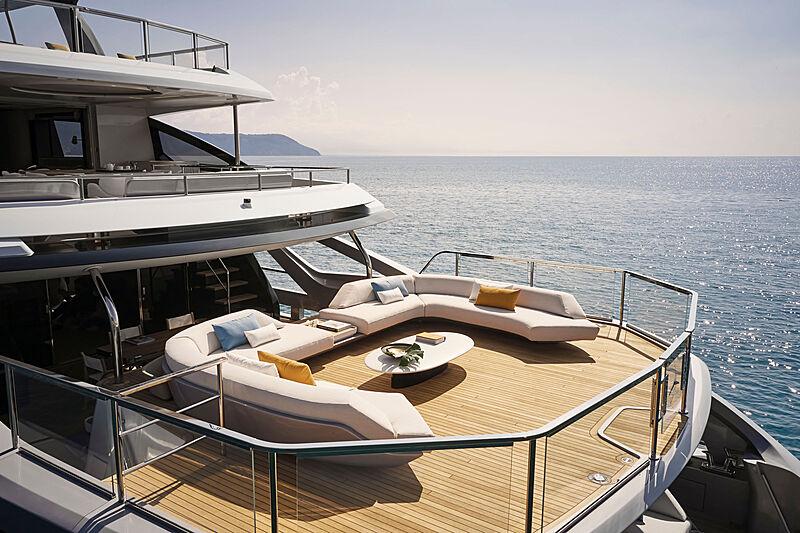 Azimut Grande Trideck yacht Shabby sea view terrace