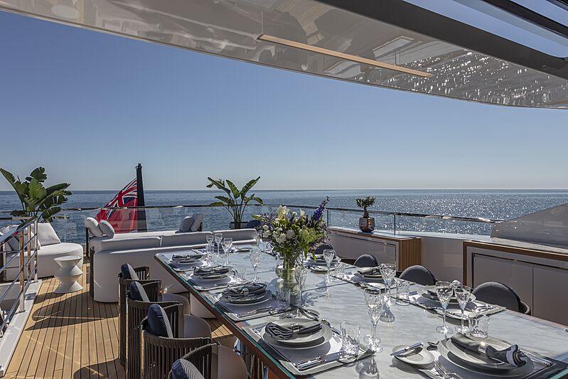 K2 yacht upper deck