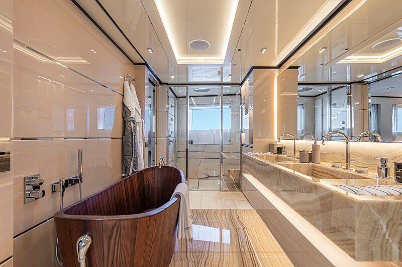 K2 yacht interiors
