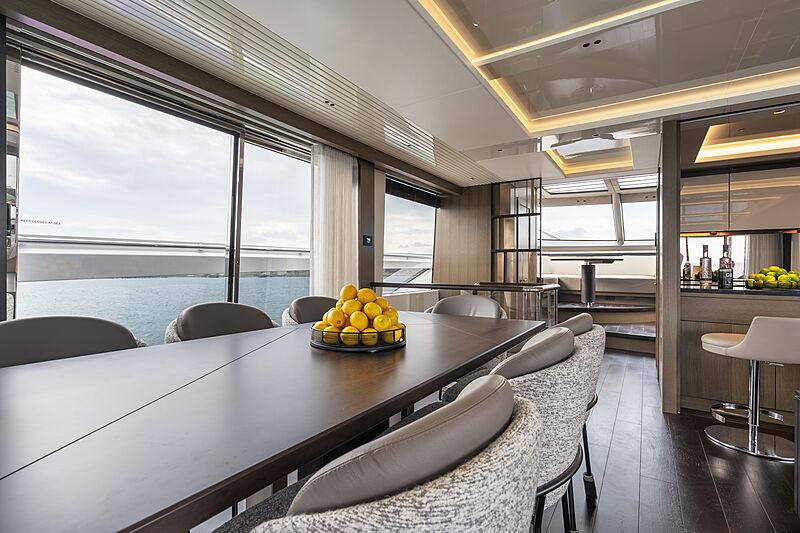 Sunseeker 90 Ocean yacht interior