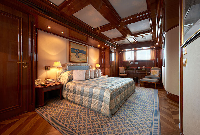 Sokar yacht stateroom