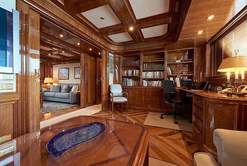 Sokar yacht office