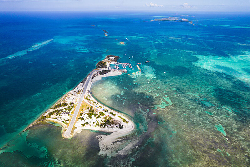 Walker's Cay marina