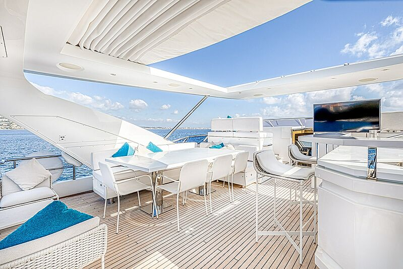 Good year yacht upper deck