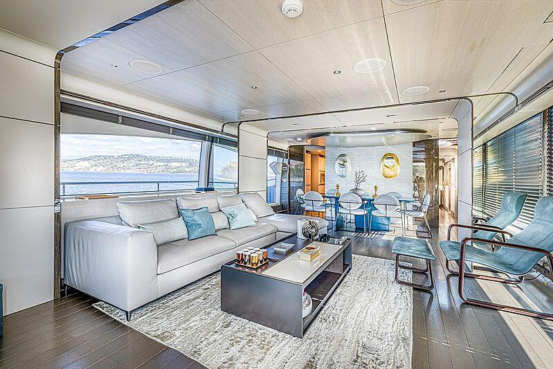 Good year yacht saloon