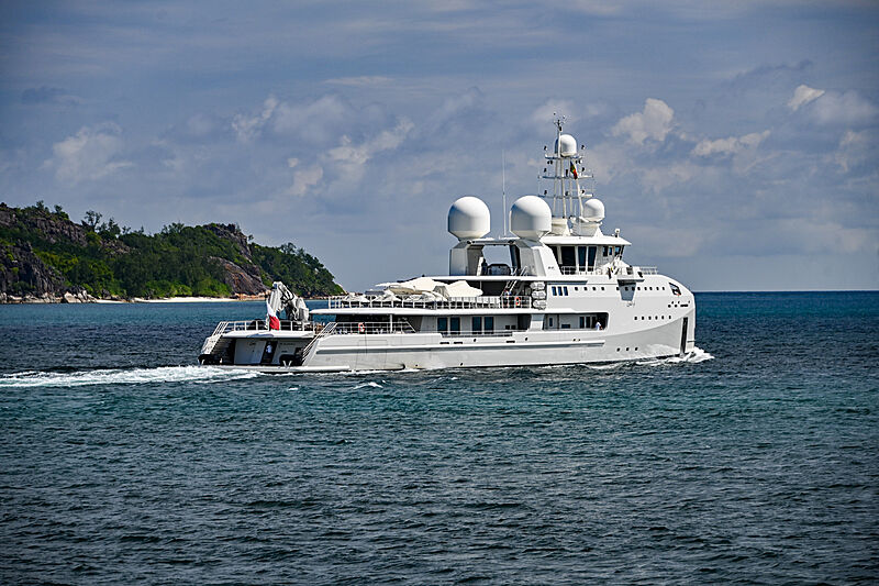 Um Alhoul yacht in the Seychelles
