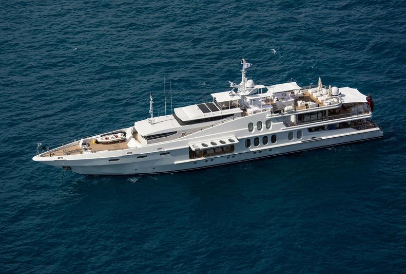 Oceana anchored