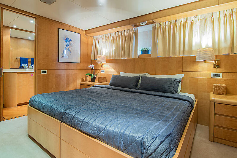 Criss C yacht VIP stateroom