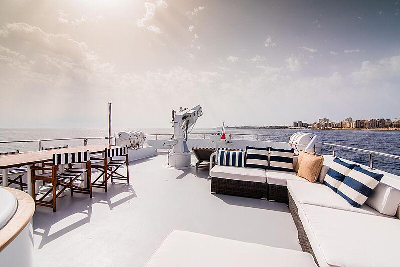 Criss C yacht sun deck