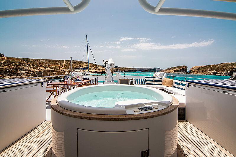 Criss C yacht jacuzzi