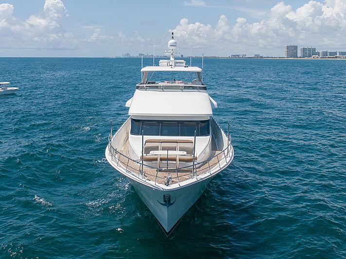 Sound Waves yacht cruising
