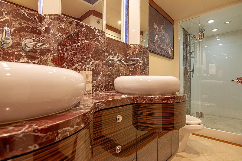 Sound Waves bathroom