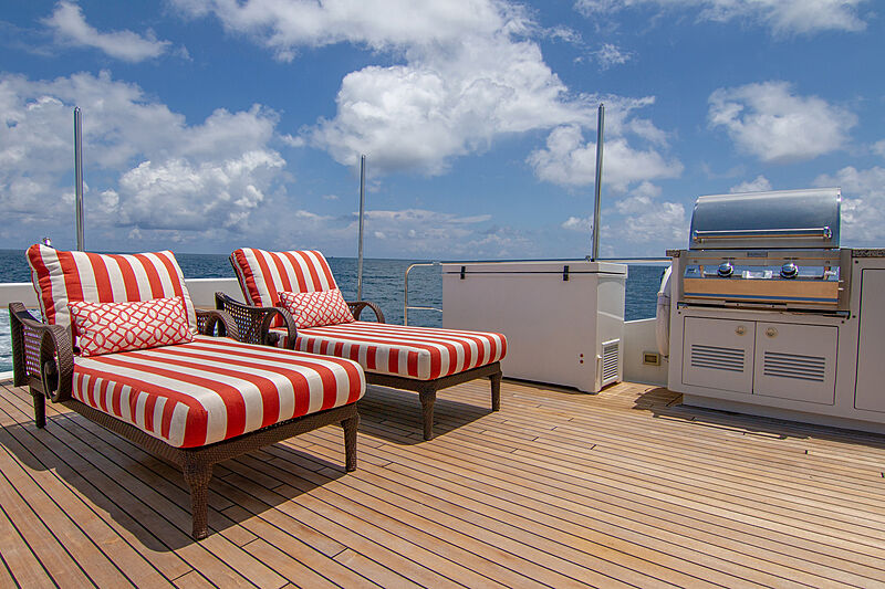 Sound Waves sun deck seating