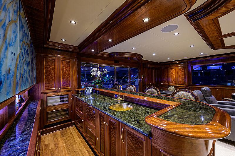 Excellence yacht bar