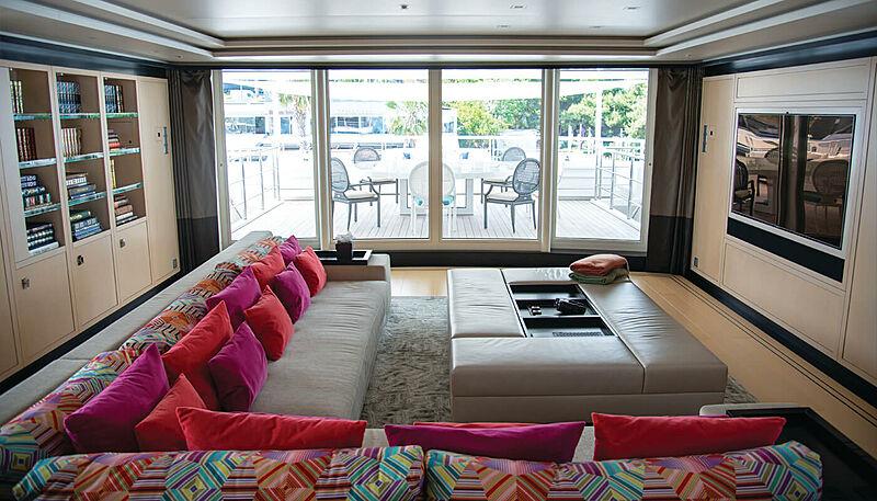 Sapphire yacht saloon