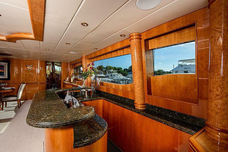 Triton motor yacht saloon bar