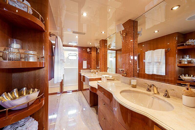 Triton motor yacht bathroom