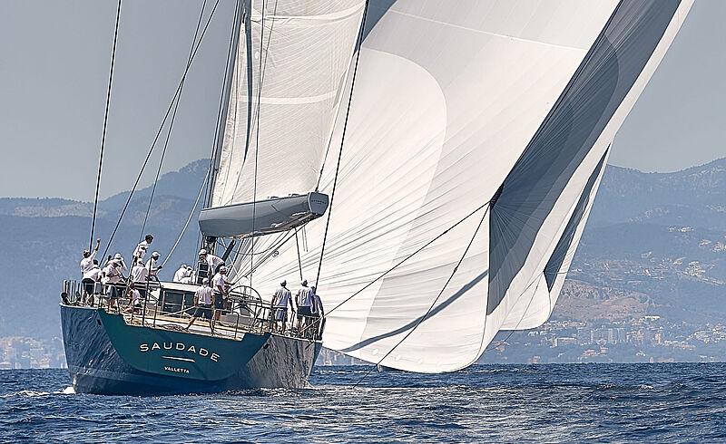 yacht Saudade sailing