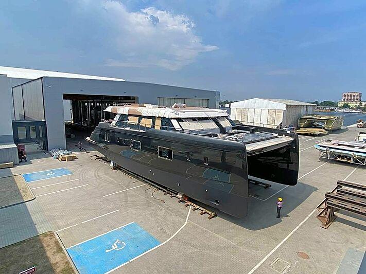 Sunreef 100 Power yacht in build