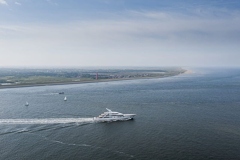Bliss yacht by Feadship on sea trials