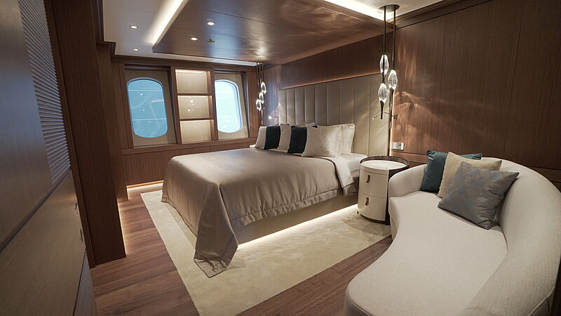 Victorious yacht stateroom