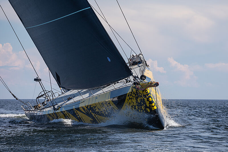 Skorpios yacht cruising