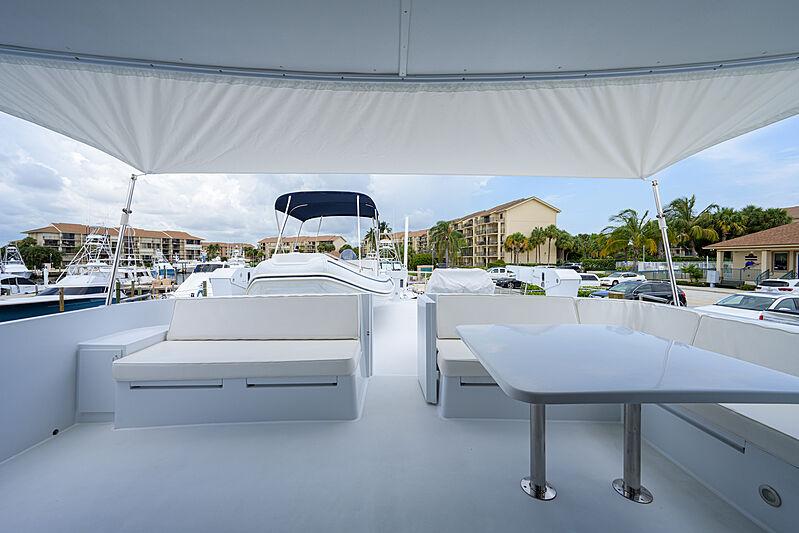 Aries yacht aft deck