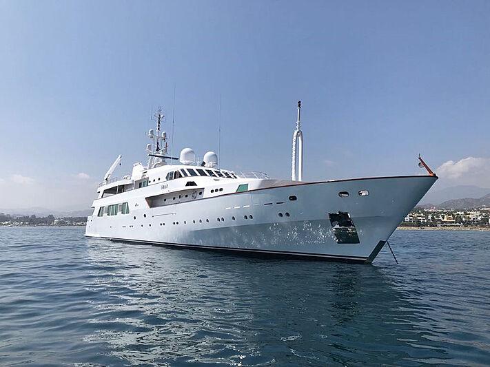 Shaf yacht anchored