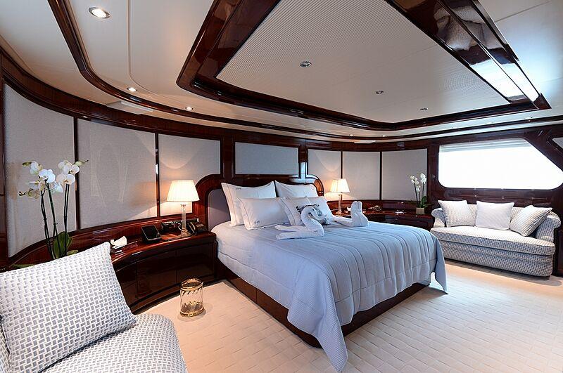 Shaf yacht master stateroom