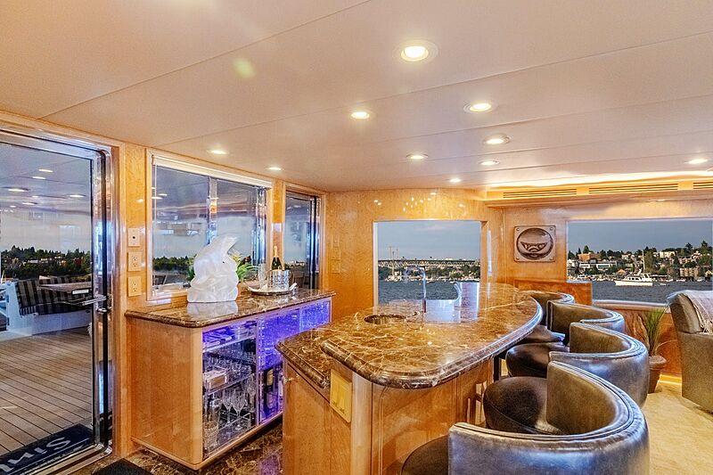 Sinbad yacht interior bar