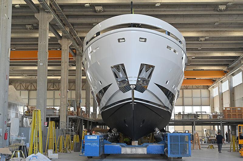 Arcadia 115/05 yacht launch in Torre Annunziata