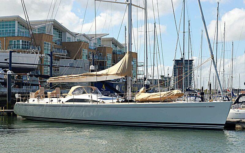 Dreamcatcher KM yacht in marina