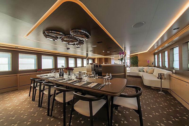 Aiaxaia yacht interior