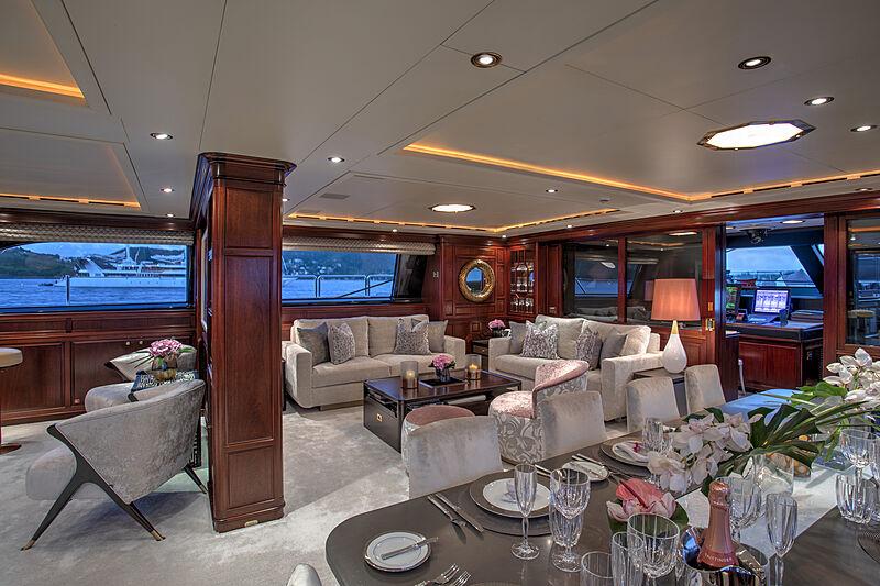 Blush yacht saloon